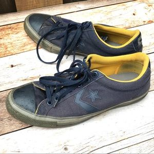 Converse Sneakers tennis shoes canvas navy blue